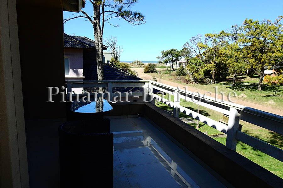 casa en alquiler con pileta zona frontera de Pinamar