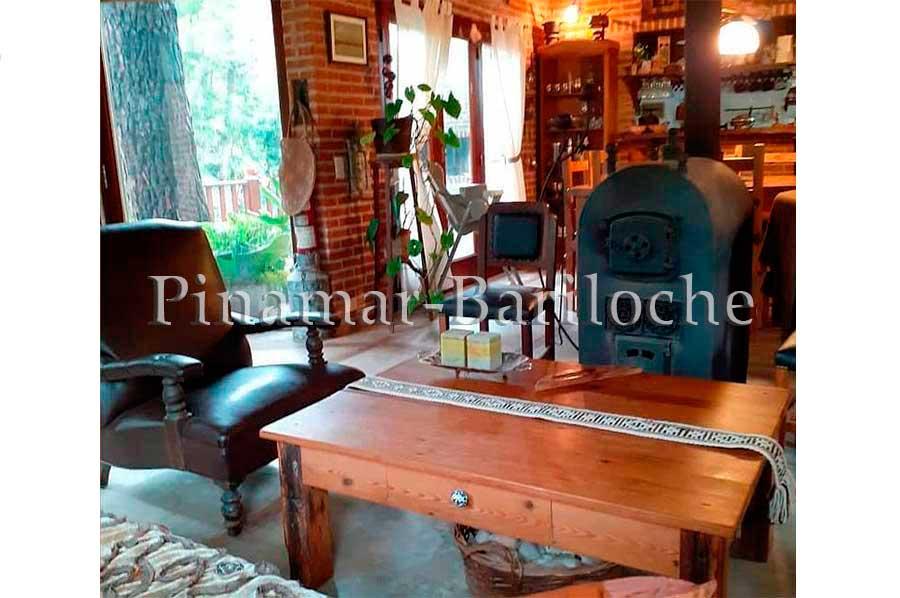 Casa En Alquiler En Cariló Con 2 Dorm Y Cochera Cerrada