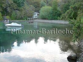 casa con costa de lago en bariloche 877