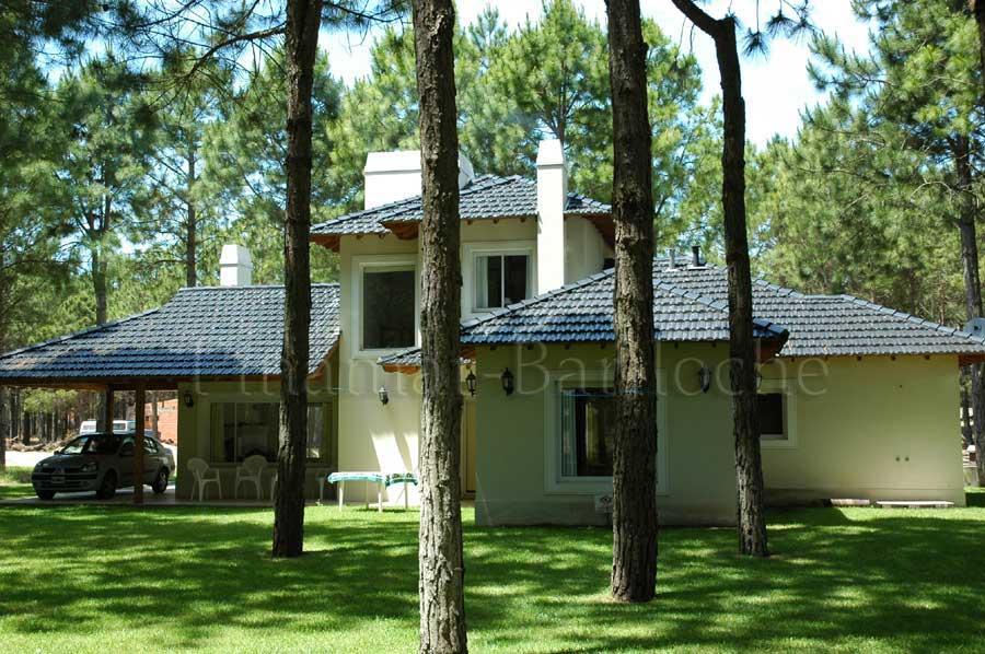 Pinamar Alquiler De Casa, Cochera Cerrada, Zona Norte/front – 575