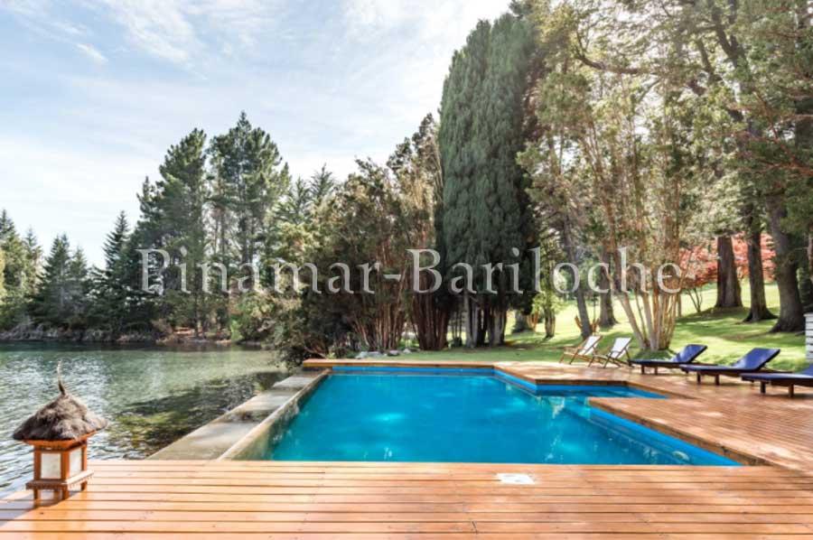 Casa De Categoría Con Pileta, Muelle Y Costa En Bariloche – 687