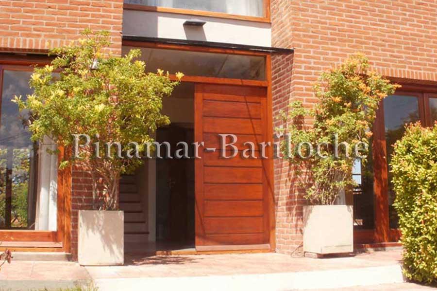 Alquiler En Pinamar – Casa En Zona Centro -731