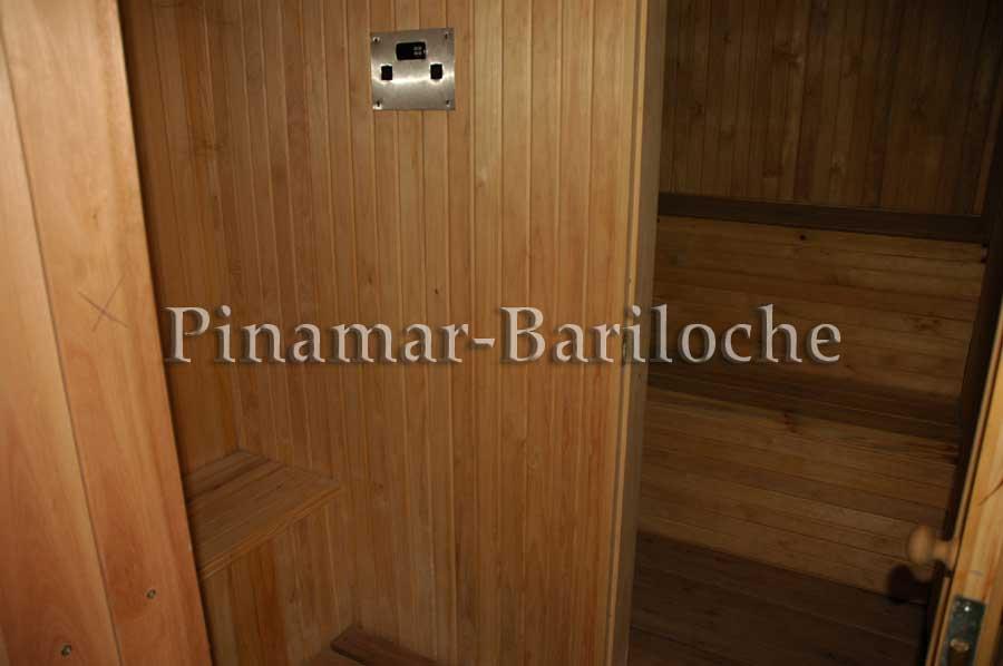 Casa En Venta En Cariló A Metros Del Mar Con Pileta Cerrada – 837