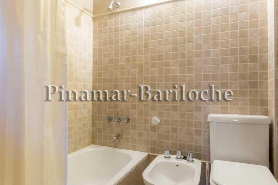 Casa En Alquiler Bariloche Con Costa De Lago Km 12 – 4 Dorm – 903