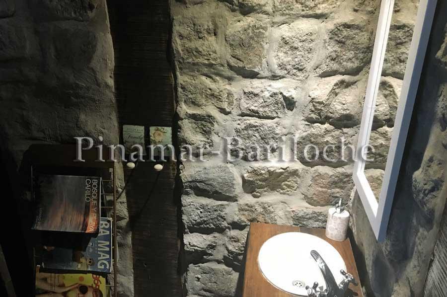 Alquiler En Carilo – Casa Con Piscina Zona Centro – 87