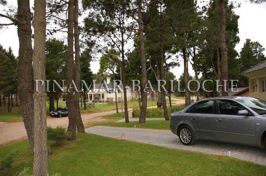 Propiedad En Venta Zona Golf  De Pinamar, Deck Con Jacuzzi – 1053