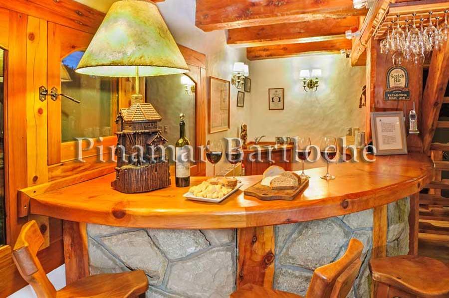 Excelente Propiedad Con Vista Al Lago Y Piscina Climatizada -1113