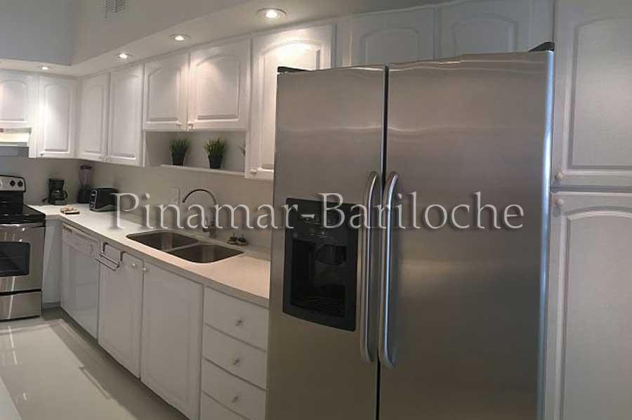Departamento En Alquiler En Miami Sobre La Playa – 3 Amb – T06