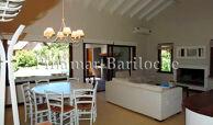 casa en venta a metros de la playa Balneario CR