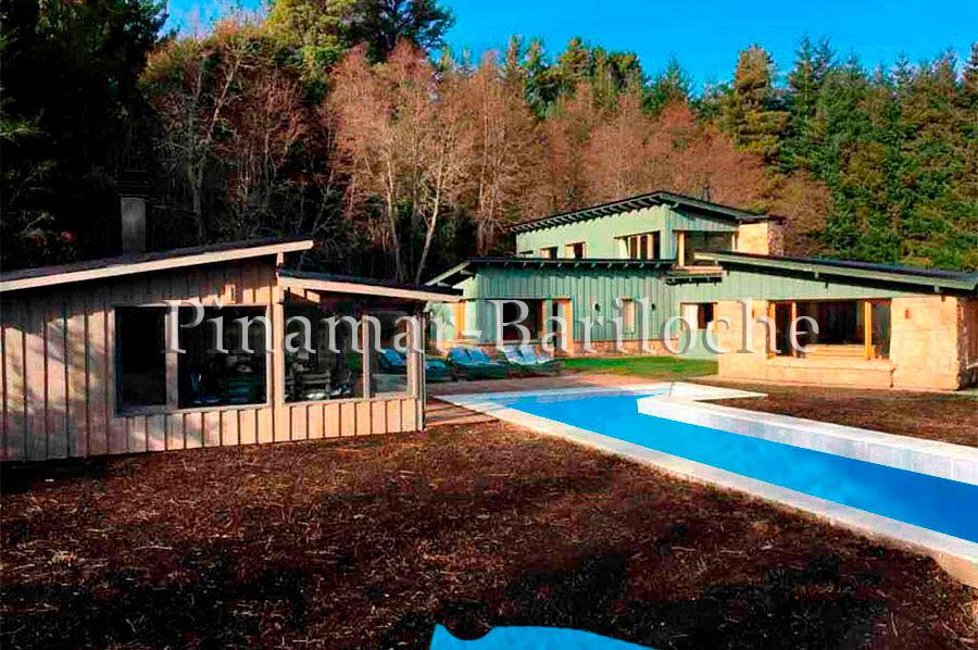 Casa en alquiler Bariloche para 12 personas con pileta Península de San Pedro